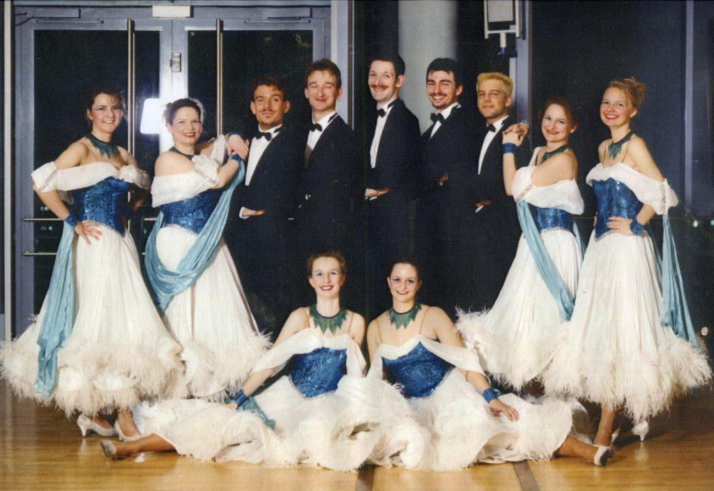 1997-1999 Figaro 2